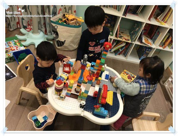 lego table24.jpg