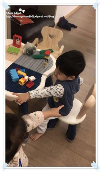 lego table1.jpg