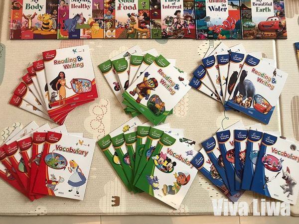 KidsRead+DisneyB08.jpg