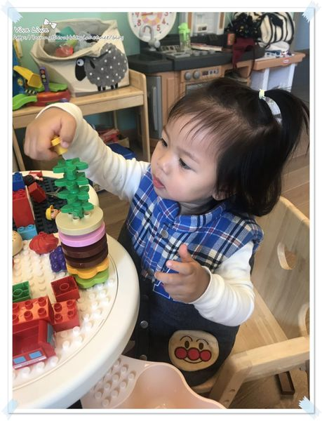 lego table8.jpg