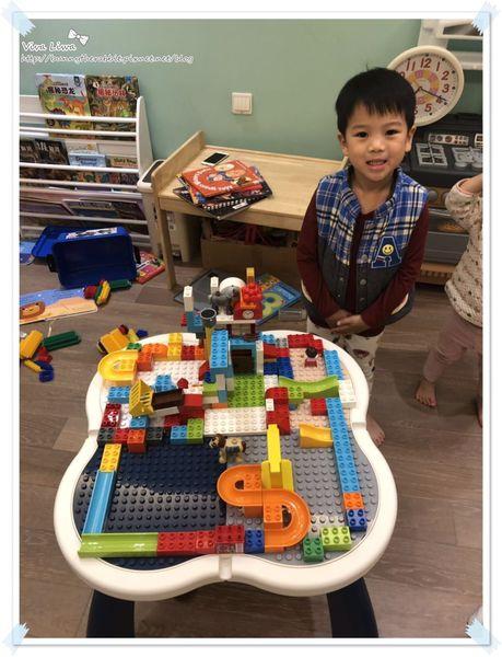 lego table7.jpg