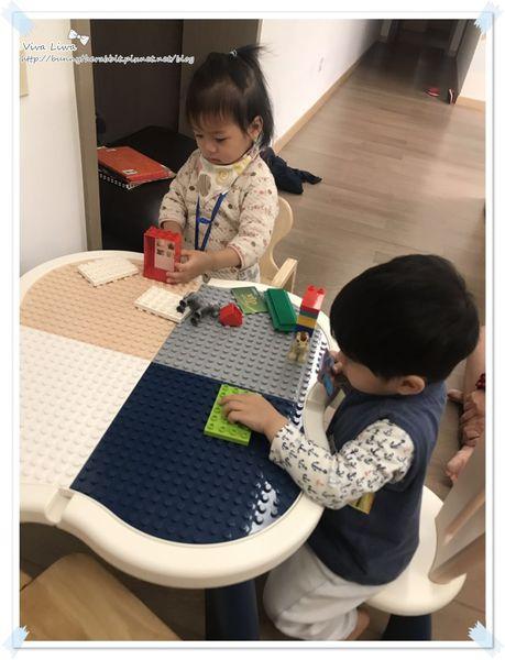 lego table4.jpg