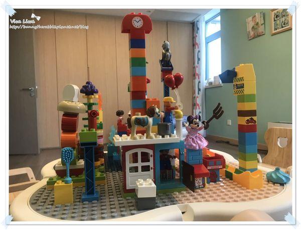 lego table15.jpg